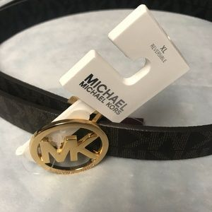 Authentic reversible Michael kors belt